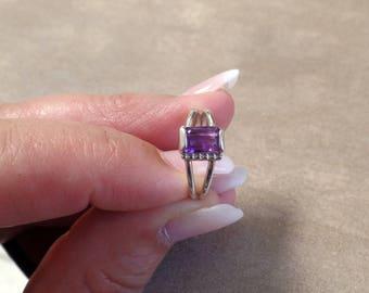 Lovely 2.5 Carat Amethyst Ring 1293