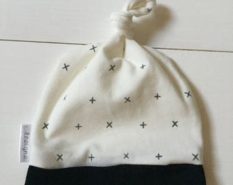 Knotted Beanie *Plus Plus*