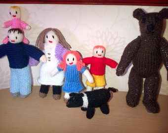 going on a bear hunt knitted characters