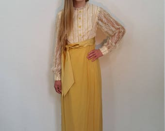 60s Yellow Lace Long sleeve Gown. Dress. Floor length.  Formal. Belted. Size xs