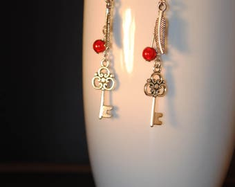 earrings with metal feather and key