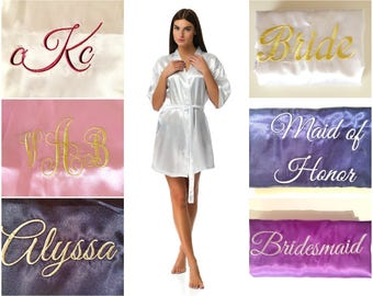 Cheap personalazied bridesmaid robes, Bridal party robes, Personalised bridesmaid gifts, Robes in White, Blush, Red, Black, Navy, Gold, Pink