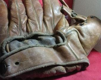 1940s Wilson's baseball glove