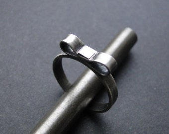 Silver ring with bow, bow silver ring, sweet silver ring