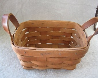 Vintage Longaberger 1988  Basket  FREE SHIPPING IN U S A