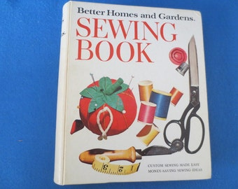 1961 Better Homes and Gardens Sewing Book, 7th Prtg Hardcover