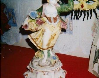 porcelain figurine lamp