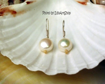 earrings with freshwater pearls round and flat