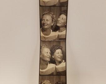 """1940's Vintage Photo """"Best Friends"""""""
