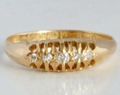 Antique gold ring with di...