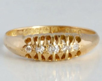 Antique gold ring with diamonds from 1915