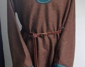 Viking reenactment, LARP, medieval paintings, tunic