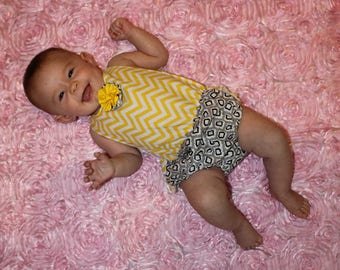 Ruffle Butt Romper - Baby Girl - 0-6 months - Yellow and Gray - Lace Straps