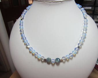 Opalite necklace and stretchy braclet