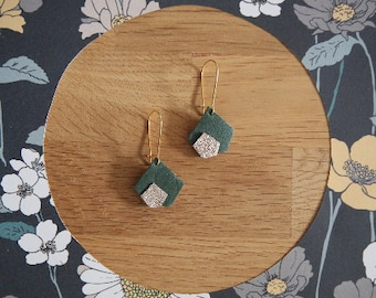 Earrings leather, green and gold iridescent