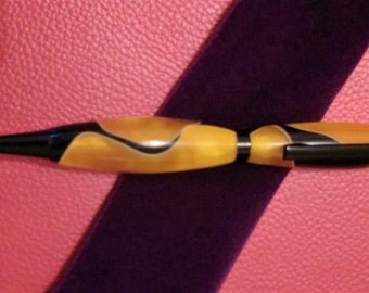 Hand Turned Acrylic Pen m- Gold & Black