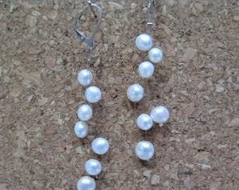Floating earrings