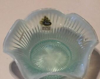 Vintage old stock with original tag Fenton light green bowl 2262EO
