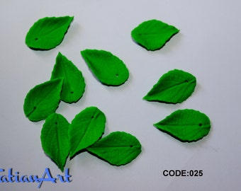Green Leaf 20 pcs double-sided leaves 0.62x0,98 inch Polymer clay leaf beads  jewelry supplies