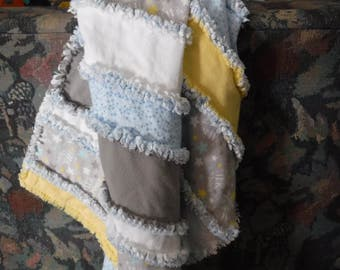 baby rag quilt, strip rag quilt,flannel baby blanket, gender neutral baby blanket, ready to ship