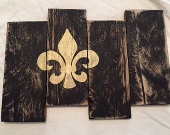 Black & Gold Fleur de Lis Wall Decor made with Pallet Wood