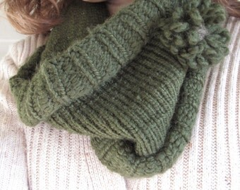 Hand-Knit Thick, Chunky, Green Cowl