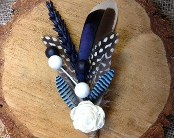 Button Hole/Boutonniere - Feathers