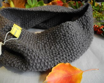 Knitted neck warmer // Scarf // Infinity scarf // Gift idea // Neckwarmer // Snood // Cowl // Winter Accessories // Grey
