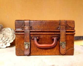 wood suitcase, luggage chinese