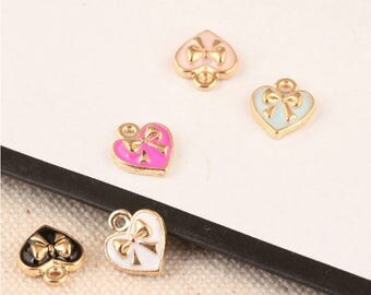 10Pcs 9*11mm Golden Enamel Heart Charms Bowknot Hearts Charm Pendant for Bracelet/Necklace Crafts Jewelry
