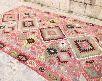 Vintage Kula Kilim Rug 5u00276u0027u0027 x 9u00276u0027u0027 Feet (173 Cm x 294 Cm) Vintage Turkish  Kilim, Kilim, Kilim Rug