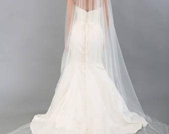 Raw Edge Cathedral Veil  Fingertip Veil Bridal Veil Ivory Off White Chanpagne White  Floor Length Single Tier Veil, Cut Edge Wedding Veil