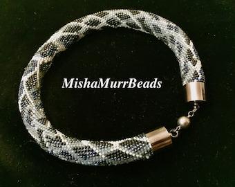 Necklace Grey Snake