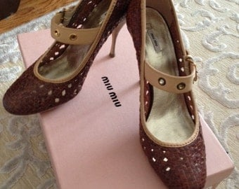 Miu Miu Heels Like New