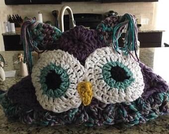 Cozy owl hooded afghan