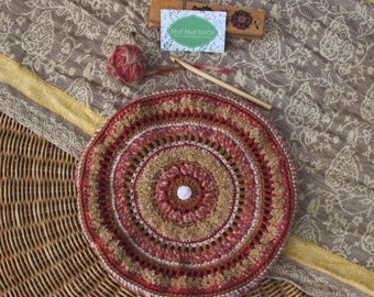 Beret colorful crochet beige/rose (Beige / pink crocheted beret)