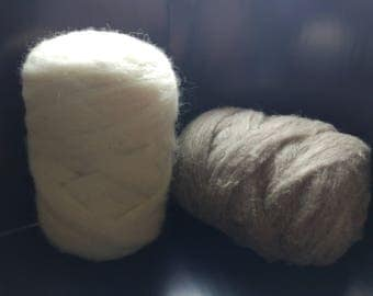 Sheep's wool is white and gray 1 kg