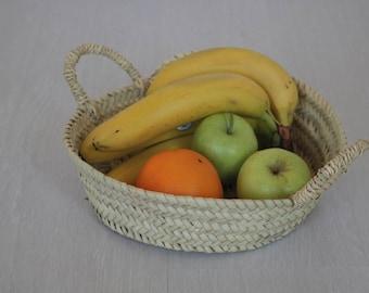 Round baskets, tiny basket, flower baskets, fruit baskets, egg basket.