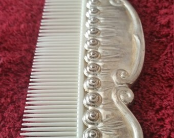 Sliver plated hair comb