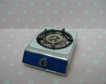 Dolls house miniature gas stove