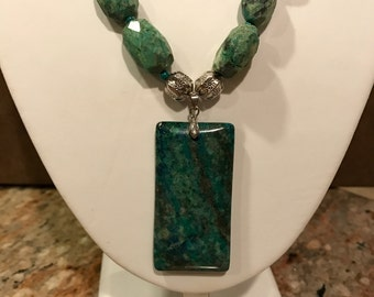 Turquoise pendant with turquoise and silver beaded necklace + earrings