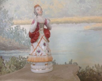 Vintage Colonial Woman Made in Occupied Japan 1940's