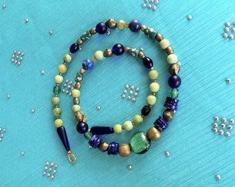 African beads // Glass beads // Murano Folie // Lapis // Serpentin // Bronze // grün // blau