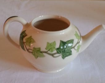 Vintage Condition Franciscan IVY Gladding McBean U.S.A. The Tea Pot dates from 1938 - 1958 with out lid
