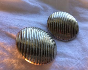 Alice Large Round Silver on Silver Vertical Striped Clipon Earrings