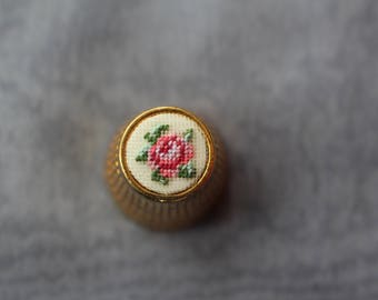"Thimble with ebroidery ""Rose"" 10mm"