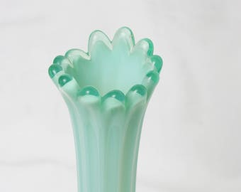 Fostoria Vintage heirloom Green Opalescent crested Swung glass vase 11""