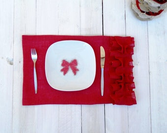 Set of 6 Red Burlap Placemats with ruffles - Wedding placemats - Home decor - Valentine day placemats