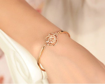 RATI Rose Flora Open-Ended Elegance Style Bracelet Gold