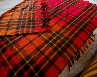 Vintage 1970's Faribo Red Yellow and Orange Classic Plaid Blanket / Picnic Blanket with Fringe / 70's Home Decor / Retro Cabin Decor / Wool